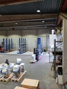 LED bøttelys - CLu High Bay i industrihall